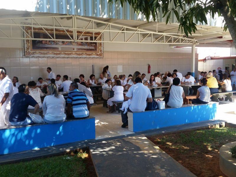 Stołówka na terenie Casy. Wydawane są w niej bezpłatne posiłki dla odwiedzających.