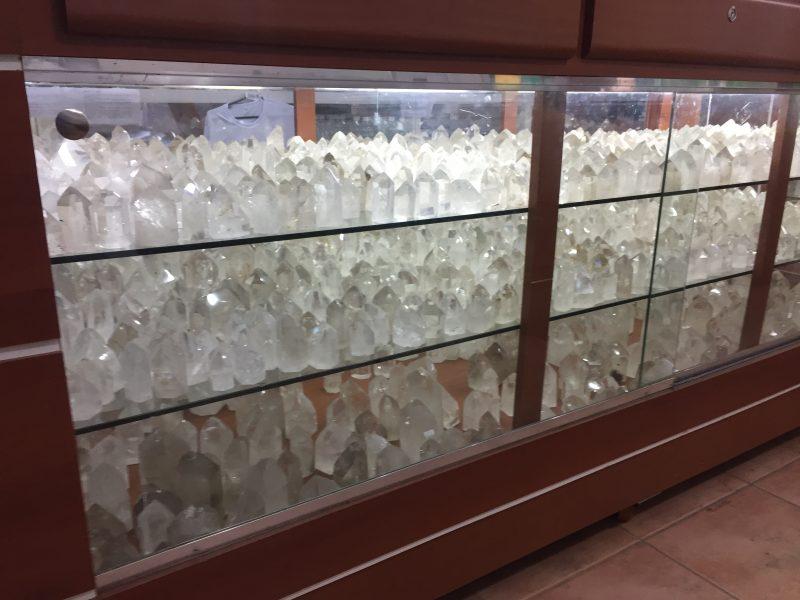 Kryształy w sklepie Casy 2